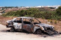 Carro para fora queimado Imagens de Stock