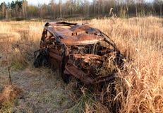 Carro para fora queimado roubado Imagem de Stock