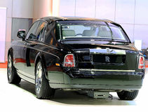 Carro preto do luxo de Rolls Royce Foto de Stock Royalty Free
