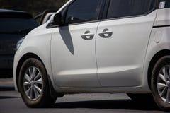 Carro privado de MPV, Kia Carnival fotos de stock royalty free