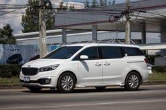 Carro privado de MPV, Kia Grand Carnival foto de stock