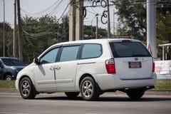 Carro privado de MPV, Kia Grand Carnival fotos de stock