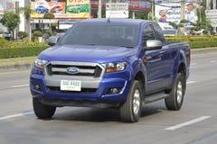 Carro privado do recolhimento, azul de Ford Ranger Fotografia de Stock Royalty Free