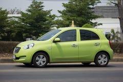 Carro privado Nissan March de Eco Fotografia de Stock