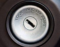 Carro que começa o furo chave do swtich Fotografia de Stock