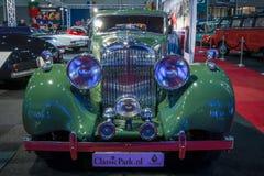 Carro retro Bentley 4 Bar de 25 esportes do litro pelo parque Divisão, 1938 Foto de Stock