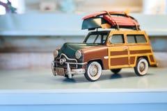 Carro retro do brinquedo Fotos de Stock