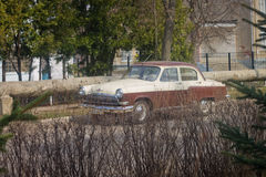 Carro retro O soviete; Volga; velho Fotografia de Stock Royalty Free