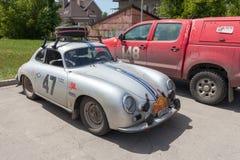 Carro retro Porsche 356A 1957 anos Imagens de Stock Royalty Free