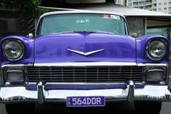 Carro retro. Rochas do Cooly no festival Imagens de Stock Royalty Free