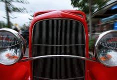 Carro retro. Rochas do Cooly no festival Fotos de Stock
