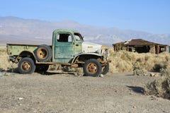 Carro velho abandonado Imagem de Stock