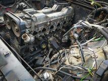 Carro velho com o motor desmontado para o reparo Fotografia de Stock Royalty Free