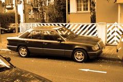 Carro velho do viev lateral fotos de stock royalty free