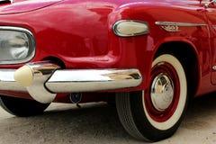 Carro velho vermelho Fotos de Stock Royalty Free