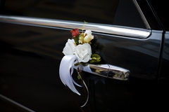 Carro wedding decorado fotos de stock
