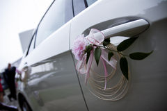 Carro Wedding decorado Foto de Stock Royalty Free
