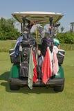 Carro y engranaje de golf Imagen de archivo libre de regalías