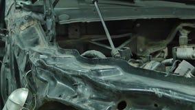 Carrocería auto de la reparación del mecánico de la serie de la reparación del cuerpo almacen de video