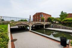Carroll Creek Promenade Park em Federick, Maryland imagens de stock royalty free
