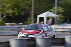 Carros de competência no Motorsport de Toyota imagens de stock royalty free