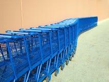 Carros de compras del enrollamiento Foto de archivo
