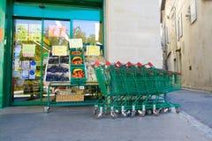 Carros de la tienda de comestibles Imagen de archivo libre de regalías