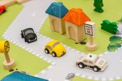 Carros de madeira coloridos fotografia de stock