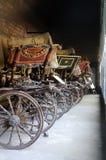 Carros de madera viejos estacionados imagen de archivo libre de regalías