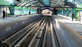 Carros de metro em uma estação em Sófia, Bulgária o 2 de abril de 2015 Fotografia de Stock