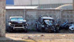 Carros destruídos após a colisão da estrada Fotografia de Stock