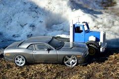 Carros do brinquedo no inverno Imagens de Stock
