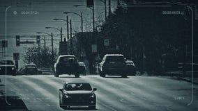 Carros do CCTV na estrada principal em Sunny Day vídeos de arquivo