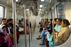 Carros do metro das Mulheres-Somente Foto de Stock