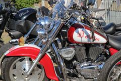 Carros e bicicletas americanos Imagem de Stock