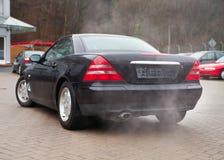 Carros e poluição do ar fotos de stock royalty free
