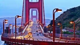 Carros em golden gate bridge video estoque
