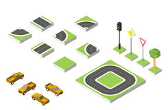 Carros isométricos ajustados da estrada e do vetor, tráfego rodoviário comum regulador Ilustração eps 10 do vetor no branco Foto de Stock
