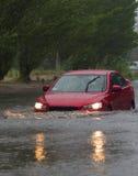 Carros na chuva pesada Imagem de Stock Royalty Free