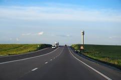 Carros na estrada Imagens de Stock