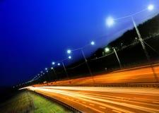 Carros na noite imagens de stock