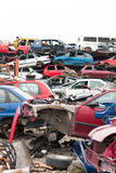 Carros no cemitério de automóveis Fotos de Stock