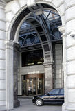 Carros no hotel Fotos de Stock Royalty Free
