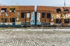 Carros oxidados del tren dados rienda suelta después de un accidente Fotografía de archivo libre de regalías