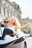 Carros - povos que conduzem o carro com motorista masculino Fotos de Stock