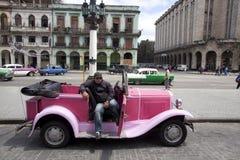 Carros velhos cubanos Foto de Stock
