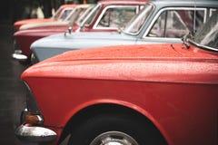 Carros velhos de Moskvitch foto de stock