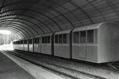 Carros viejos del paseo del tren fotos de archivo libres de regalías