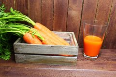 Carrots and carrot juice royalty free stock photos