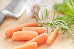 Carrots on cutting board Royalty Free Stock Photography